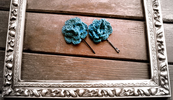 cute blue flower hair pins